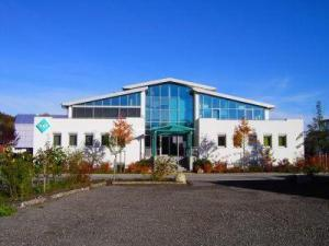 BüroCenter Wolfratshausen: modernes Bürogebäude in bester Lage