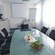 Konferenzraum: für Ihre Besprechungen in moderner Atmosphäre und entspannten Umfeld.